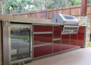 Look-Cabinets-Bars-and-Outdoor-Kitchens-1