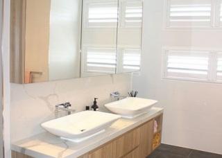 Gallery-Bathroom2