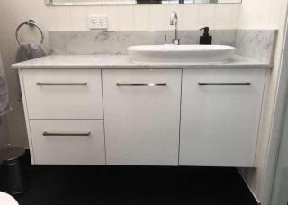 Look-Cabinets-Bathroom-Vanities-Storage-and-Sinks-1024x768-2