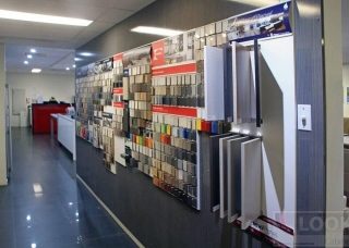 Look-Cabinets-Showroom-Displays-Kitchen-and-Bath-Construction-Supply-1024x683