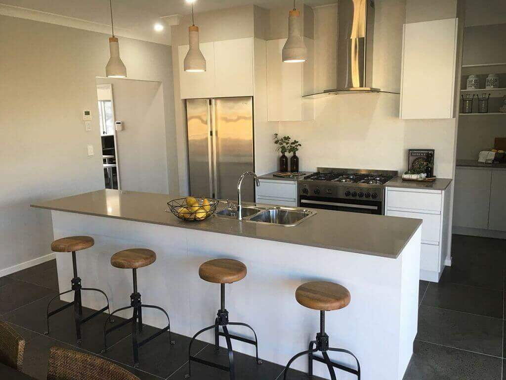 Look-Cabinets-Gallery-Modern-Kitchen-Design-Center-Island-with-Stools-1024x768