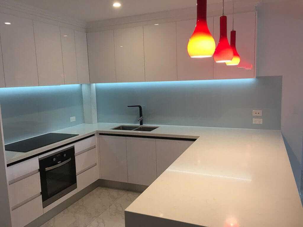 Look-Cabinets-Gallery-Modern-Kitchen-Design-Ligthed-Kitchen-Center-Island-1024x768