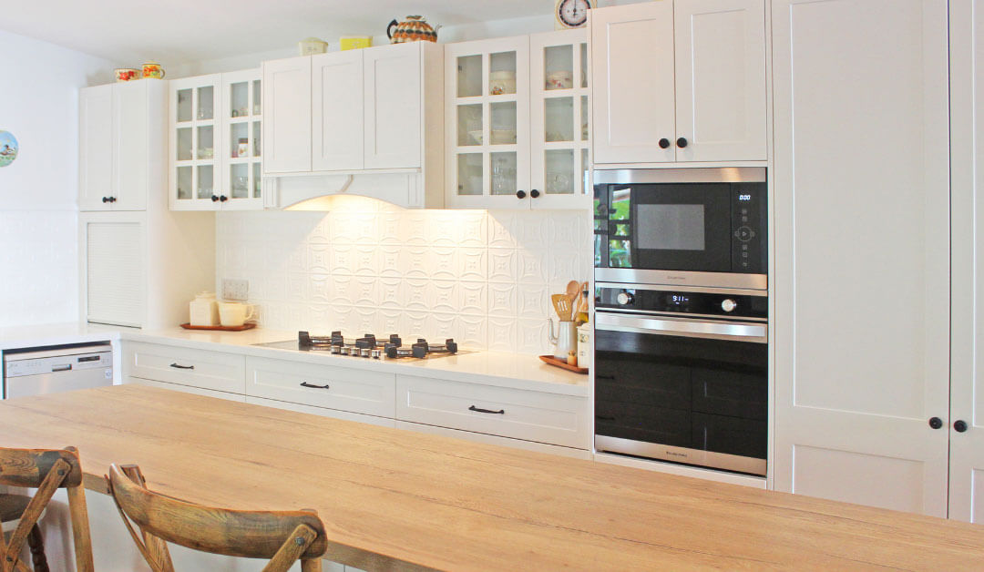 Kitchen Reno Gives Home Completely New Look in 1 Week!